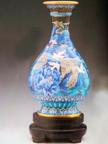 景泰蓝《和平欢歌》赏瓶
