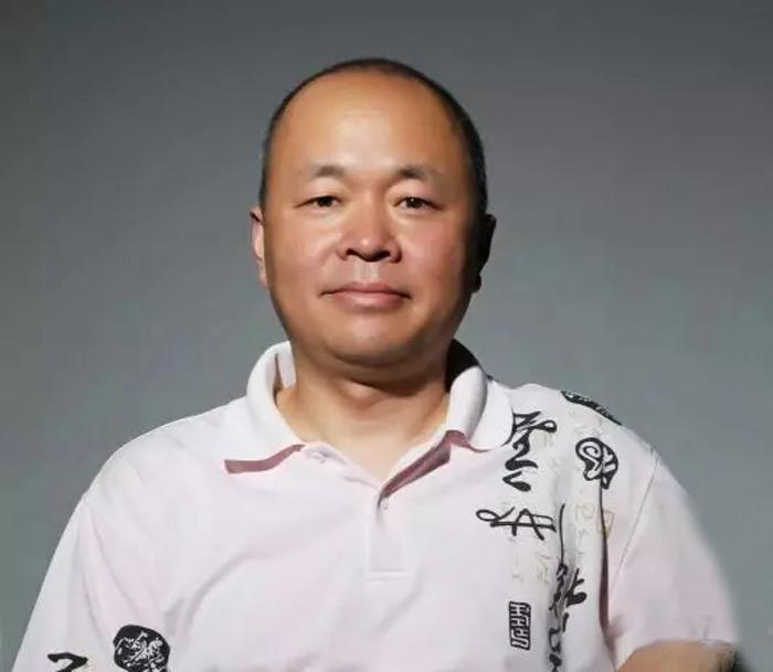画家刘换天