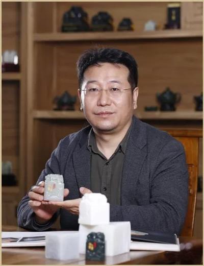 嫦娥五号探月宝玺创作作者冯延明